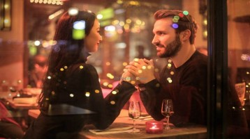 Best Tips to Arrange a Romantic Dinner for your partner at home.